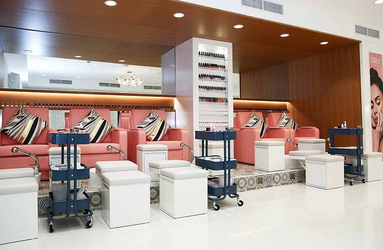 manicure pedicure salon dubai for ladies